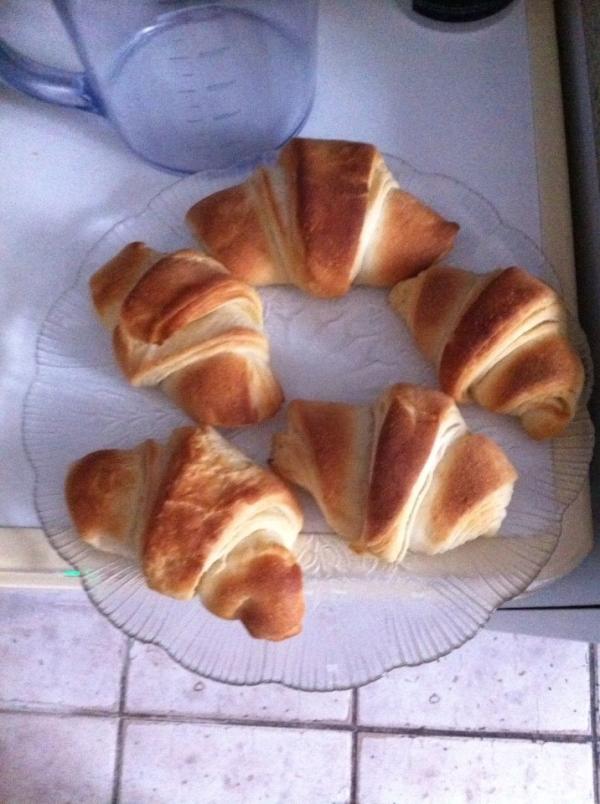 croissants encore monique maman comblee.jpgred