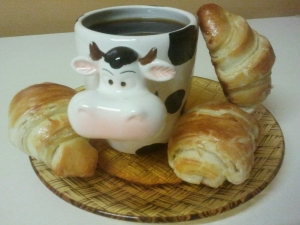 croissants et pains choco miss cooking.jpgred