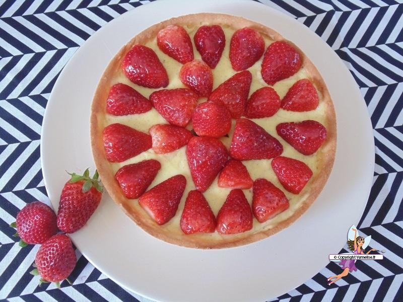 tarte aux fraises l g re yumelise recettes de cuisine. Black Bedroom Furniture Sets. Home Design Ideas