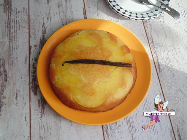 gateau ananas dessus