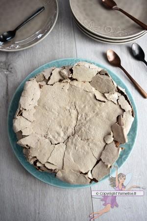 gâteau au chocolat et meringue au cacao