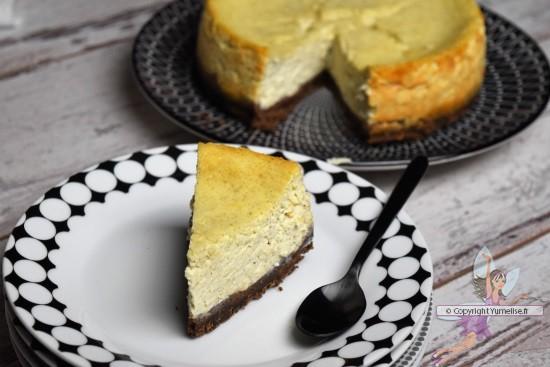part du cheesecake chocolat et vanille