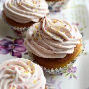 cupcakes à la fraise et au chocolat blanc