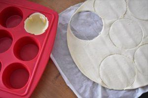cercles de pâte feuilletée des pâtés de Pâques