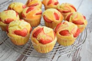 cupcakes fraise sur volette