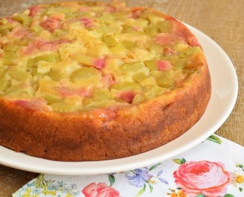 LE gâteau à la rhubarbe