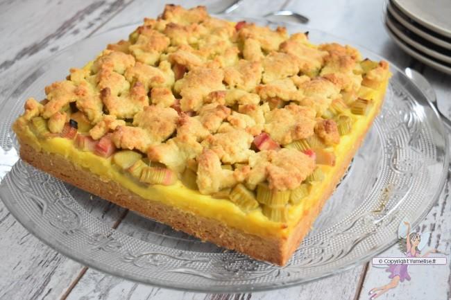 le rhubarbe crumbpie cuit
