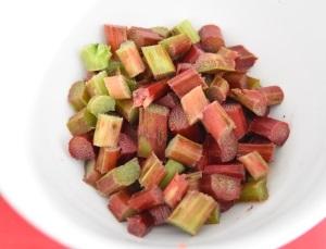 rhubarbe pour gâteau crumble