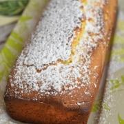 cake au citron vert et aux jaunes d'oeufs cuit
