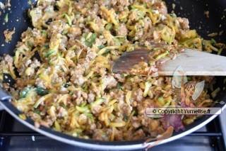 préparation viande-courgette-philadelphia pour lasagnes