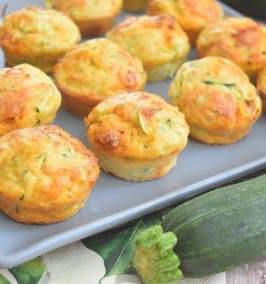 les muffins avec courgette râpée et dés de chorizo