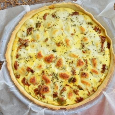 tarte aux légumes, curry et mozzarella