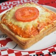 croque au chorizo et béchamel tomate
