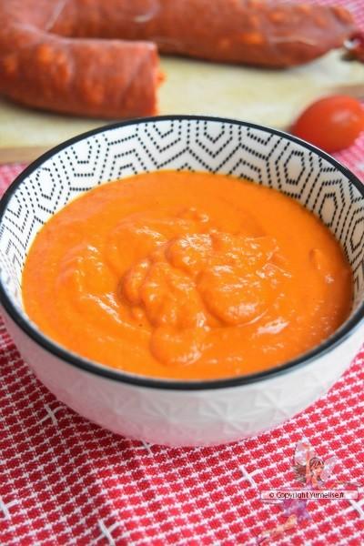 sauce au coulis de tomates et au chorizo fort