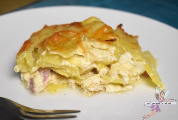 part de gratin de pommes de terre aux lardons et fromage