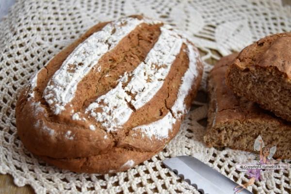 Pain à La Farine De Châtaigne En Cloche Boulangerie