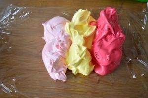 différentes couleurs pour meringues