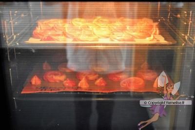 cuisson des meringues multicolores
