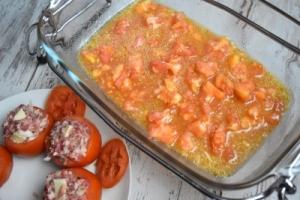 sauce avec la chair des tomates