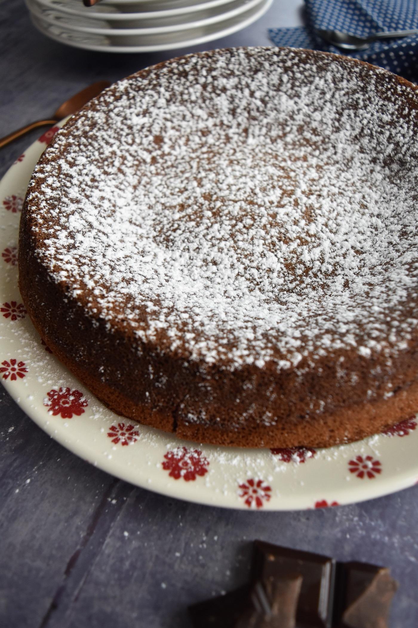 gâteau chocolat noisette avec sucre glace