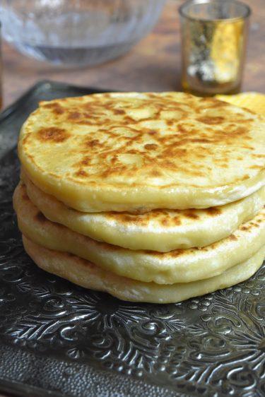 pains au fromage à la po^le cuits