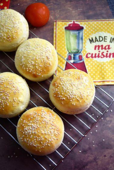 pains pour hamburgers