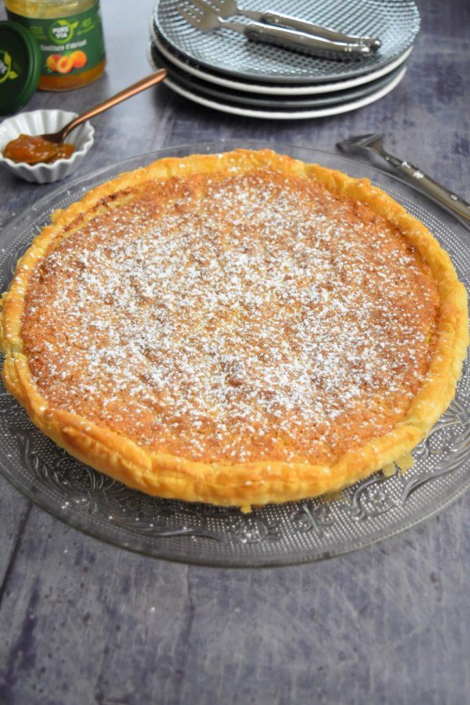Tarte à la crème d'amande et confiture d'abricot