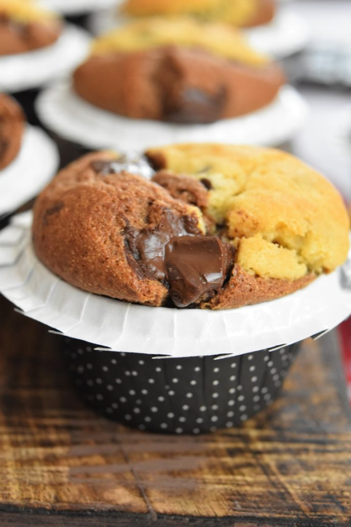 Coofins, cookies + muffins