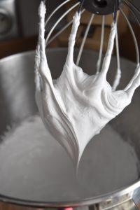 Meringue italienne pour gâteau nuage