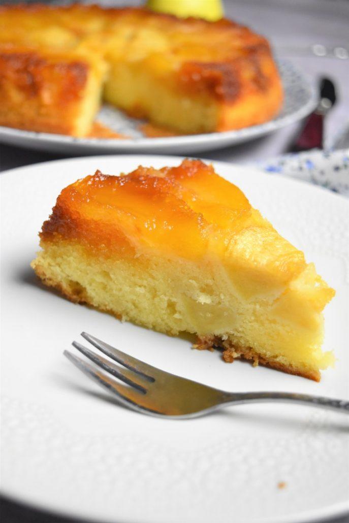 Gâteau aux pommes et caramel