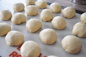 Boules de pâte pour queues de castor