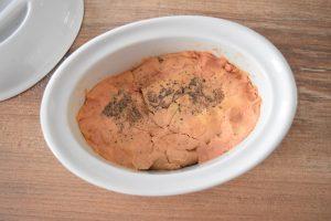 Foie gras cru en terrine
