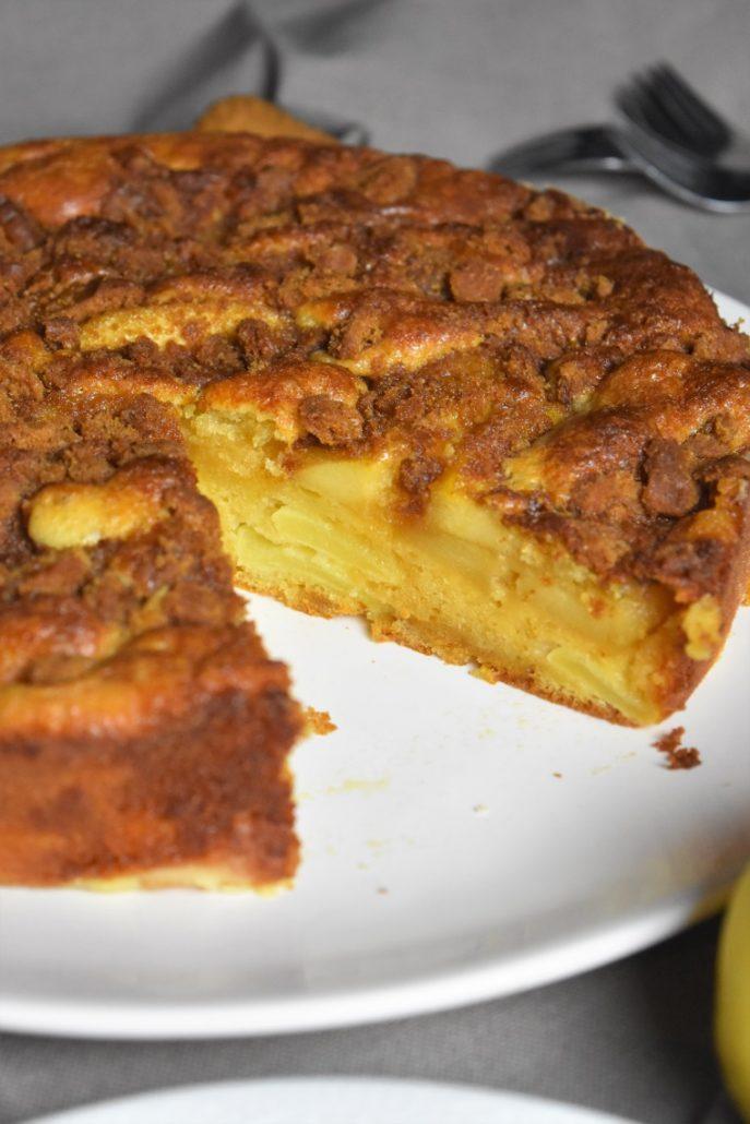 Gâteau aux pommes, caramel et spéculoos