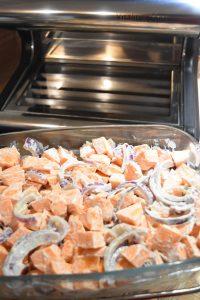 Préparation de la tartiflette aux patates douces