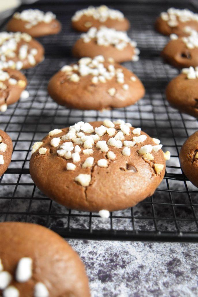 Biscuits maison au chocolat et sucre perlé