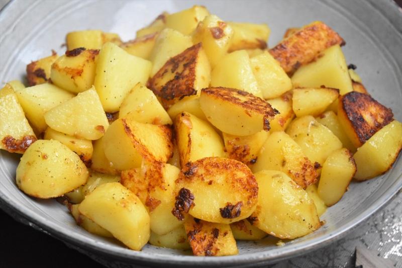 Pommes de terre sautées à la graisse de canard - pommes sarladaises