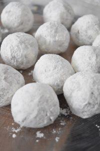 Croquettes roulées dans la farine