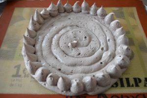 Meringue au chocolat pour pavlova