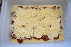 Montage des lasagnes maison