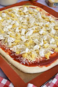 Pizza au levain et fromage