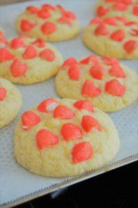 Cookies avec morceaux de fraises Tagada et pépites de chocolat blanc