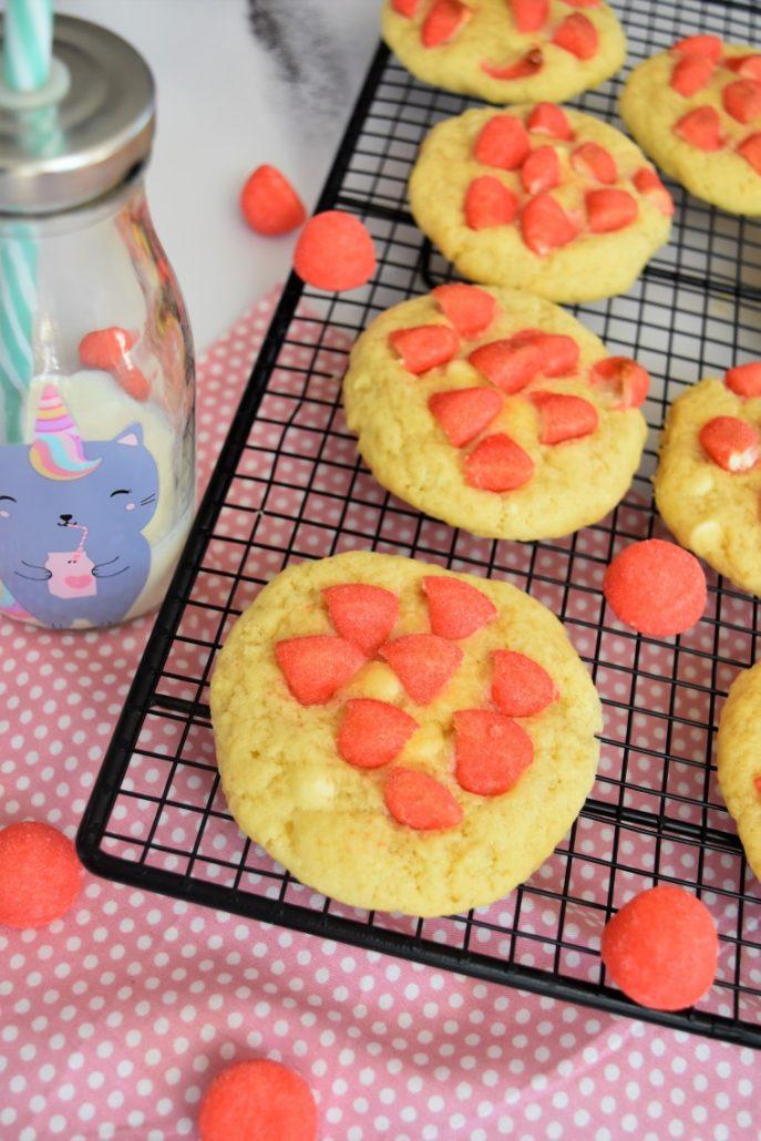 Cookies chocolat blanc et fraise tagada