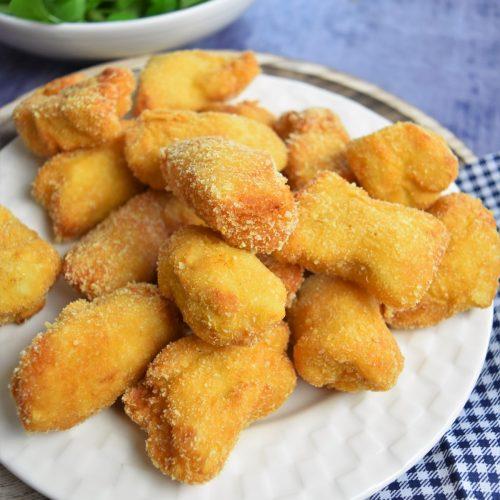 Nuggets maison de poulet aux flocons de purée de pomme de terre