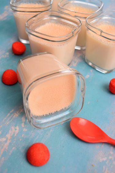 Yaourts à la fraise Tagada en yaourtière