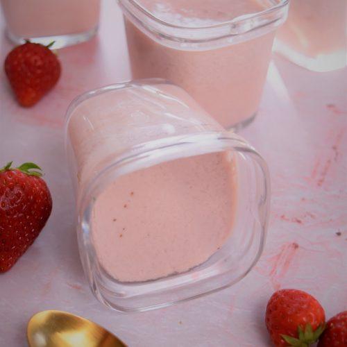Yaourts maison aux fraises