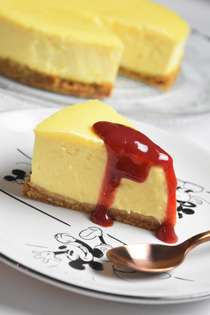 Cheesecake au coulis de fruits rouges