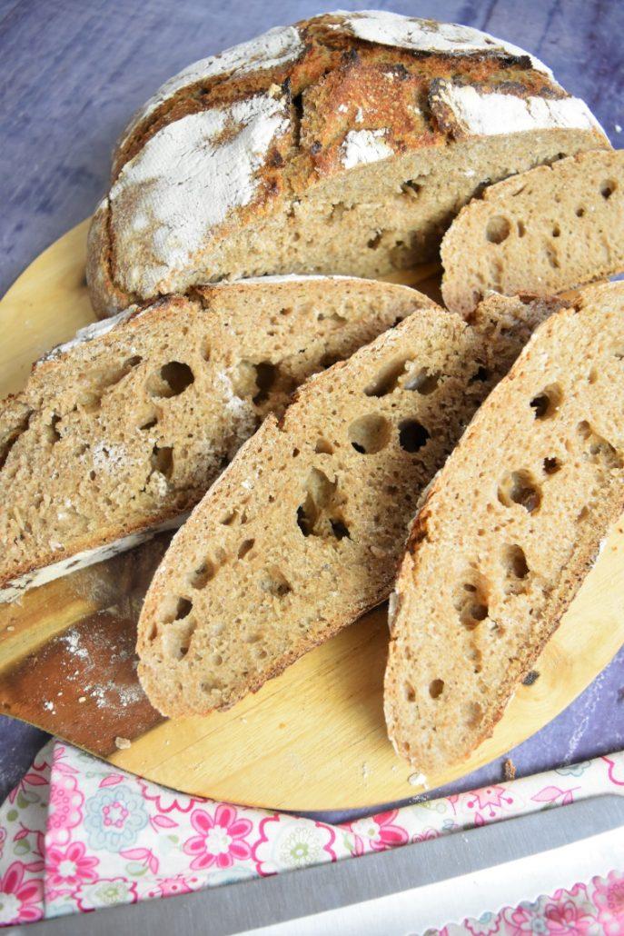 Mie alvéolée du pain au levain