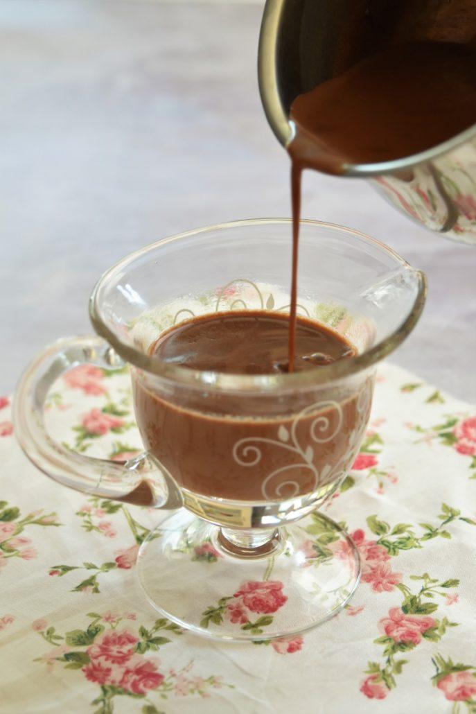 Sauce au chocolat liquide qui ne durcit pas