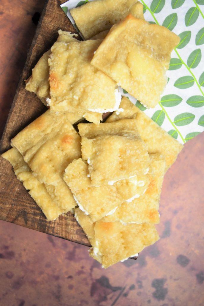 Focaccia sans levure, au fromage