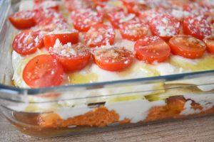 Lasagnes au thon, courgette, aubergine, tomates cerises